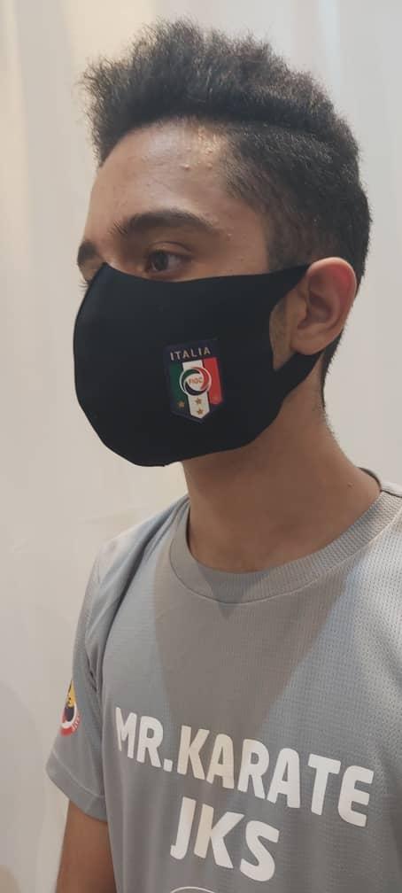 ماسک پارچه ای طرح روسی تیم ملی فوتبال ایتالیا
