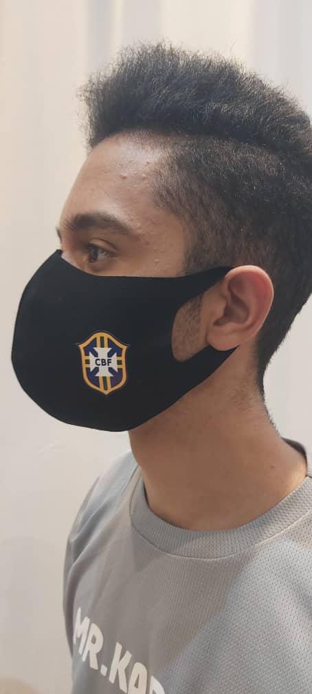 ماسک پارچه ای طرح روسی تیم ملی فوتبال برزیل